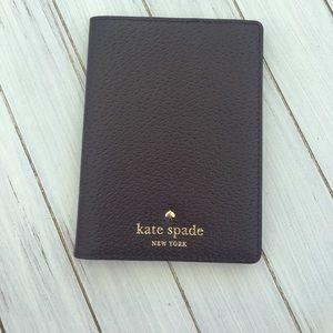 ♠️Kate Spade Passport Cover